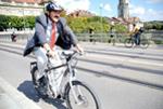 Fabio Pedrina auf dem E-Bike